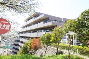 ゼファー横濱サンコリーヌ神之木公園