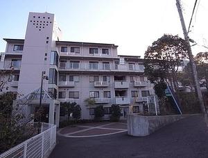 コモア六浦五番館